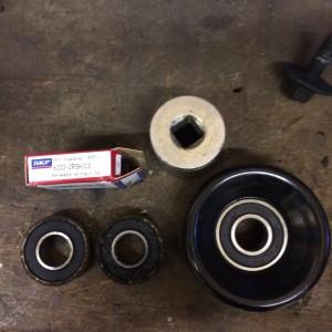 XKR - Bearings & Idler Wheel
