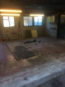 Garage empty